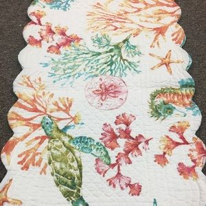 """14"""" x 51"""" Reversible Quilted Tablerunner"""
